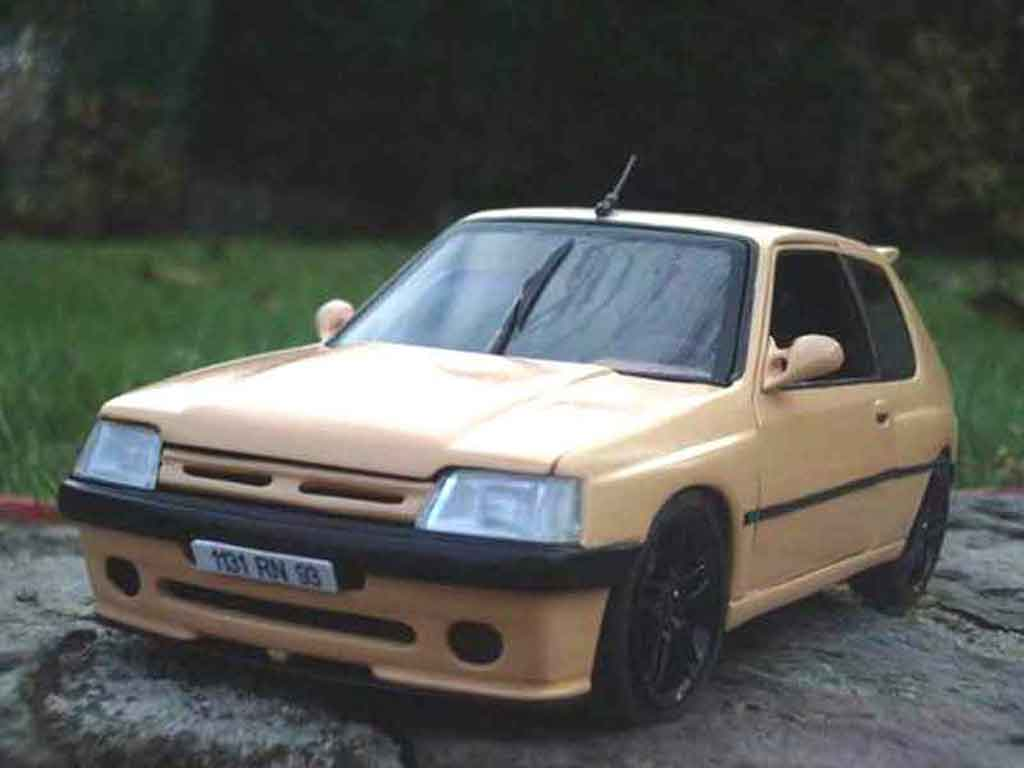Peugeot 205 GTI 1/18 Solido Auto Tuning 93 abricot diecast