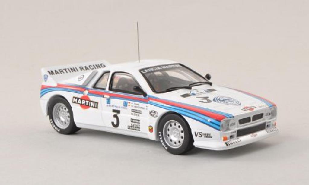 Lancia 37 1/43 IXO No.3 Martini Racing Akropolis Rally Griechenland 1983 /C.Geistdorfer