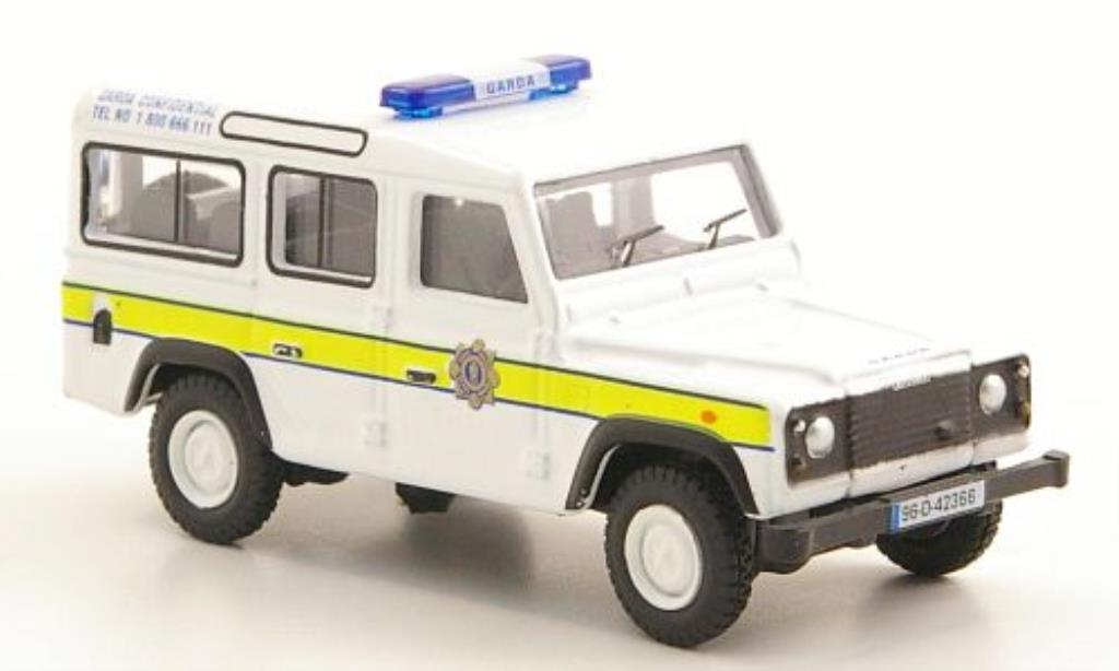 Land Rover Defender 1/76 Oxford Station Wagon Garda Confidential miniatura