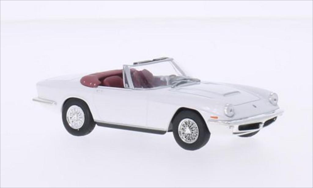 Maserati Mistral 1/43 WhiteBox Spyder white diecast
