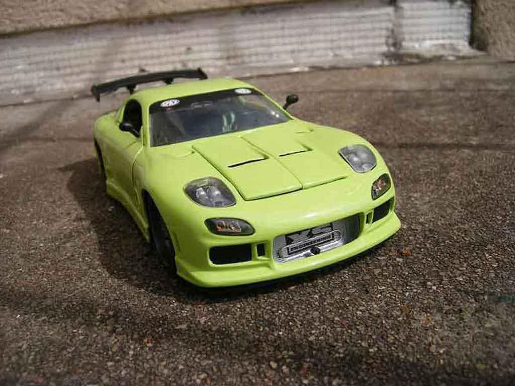 Mazda RX7 1/18 Jada Toys green diecast