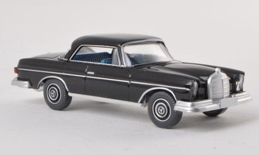 Mercedes 250 1/87 Wiking SE Coupe (W111) black diecast