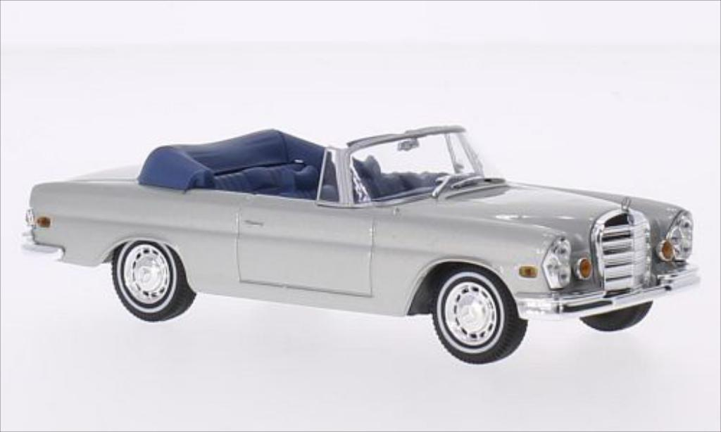 Mercedes 280 SE 1/43 Greenlight Convertible grise/bleu The Hangover 2009 1969 miniature