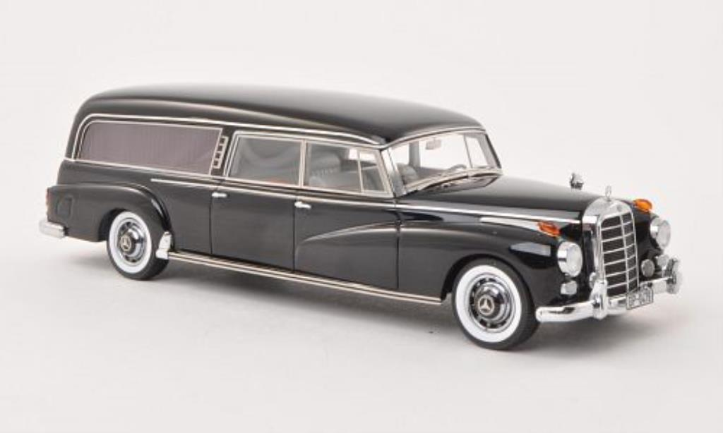 Mercedes 300 C 1/43 Matrix (W186) Binz Hearse black Leichenwagen 1956 diecast