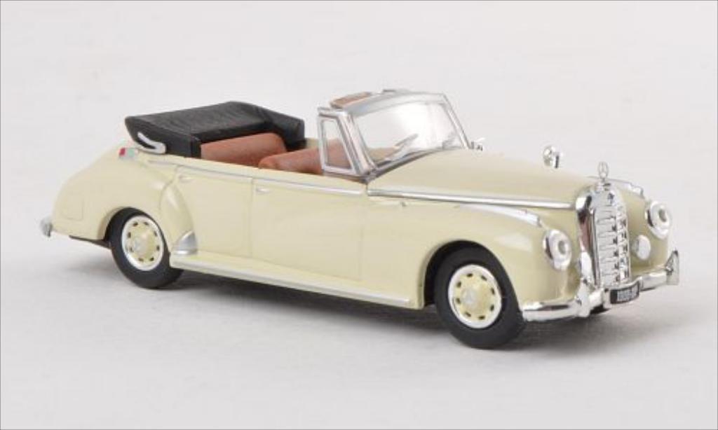 Mercedes 300 C 1/87 Ricko (W186) Cabriolet beige 1955 modellautos