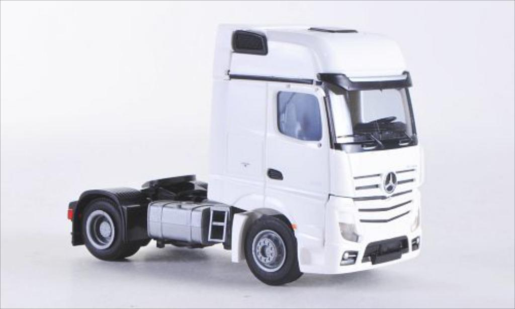 Mercedes Actros 1/87 AWM 2 Giga. blanche Aerop.-Zugmaschine 2-achsig blanche miniature