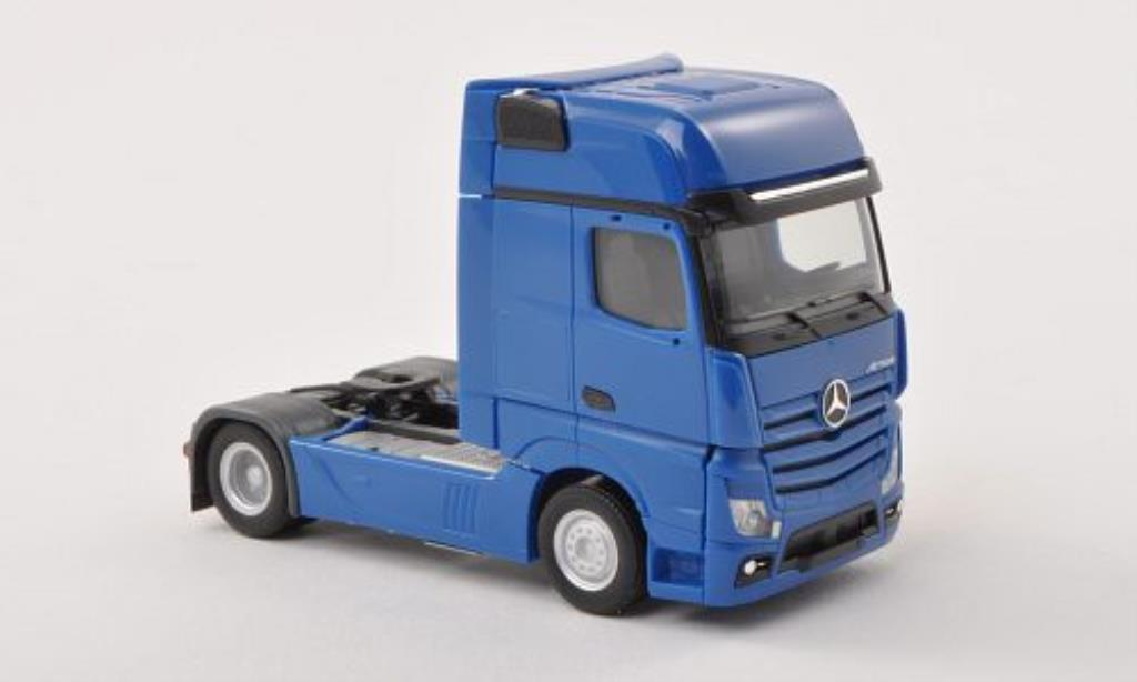 Mercedes Actros 1/87 Herpa Gigaspace Zugmaschine bleu miniatura