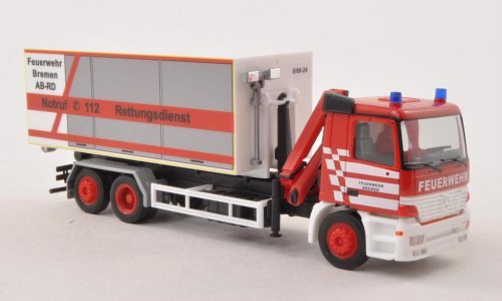 Mercedes Actros 1/87 Herpa M Feuerwehr Bremen Abrollcontainer-LKW mit Kran diecast