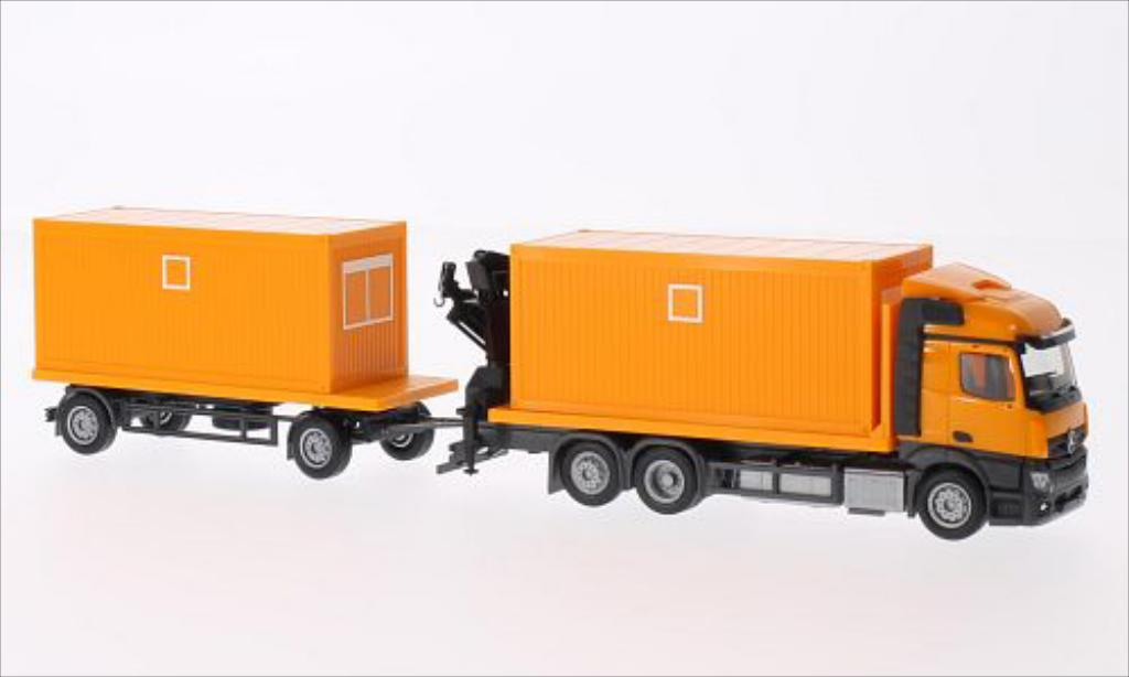 Mercedes Actros 1/87 Herpa Streamspace 2.3 orange miniature