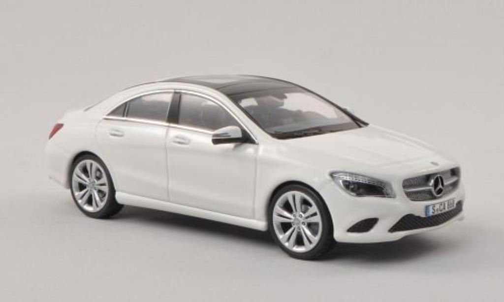Mercedes CLA 1/43 Schuco (C117) white diecast