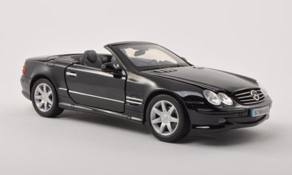 Mercedes Classe SL 500 1/18 Motormax 500 noire mit Klappverdeck 2002 miniature