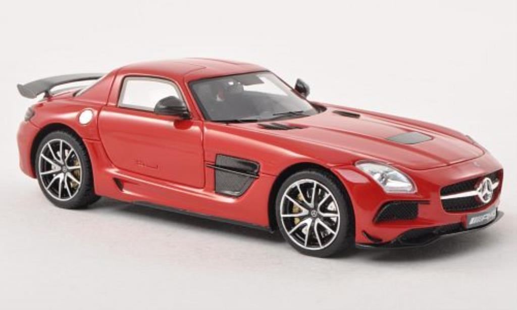Mercedes SLS 1/43 Minichamps AMG Coupe Black Series (C197) rouge 2013 miniature