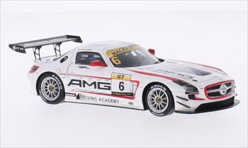 Mercedes SLS 1/43 Spark AMG GT3 No.6 GT Cup GP Macau 2014 miniature