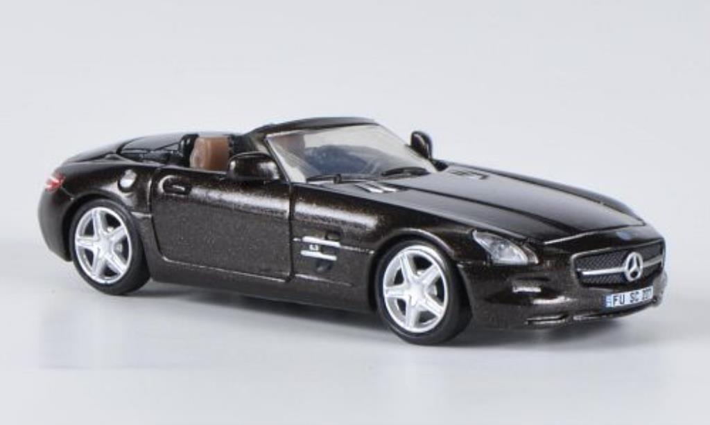 Mercedes SLS 1/87 Schuco AMG Roadster marron miniature
