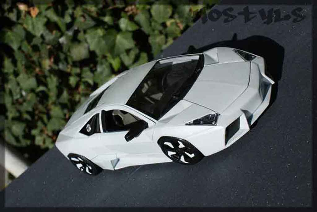 Lamborghini Murcielago Reventon 1/18 Burago tuning miniature