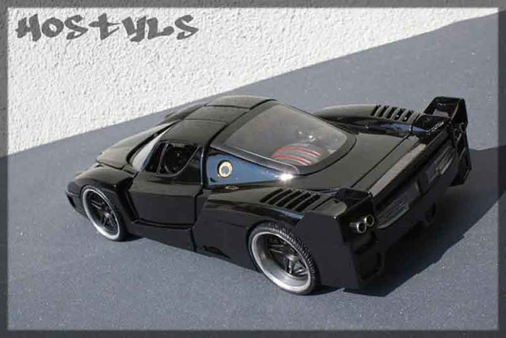 Ferrari Enzo FXX 1/18 Hot Wheels street racing black miniatura