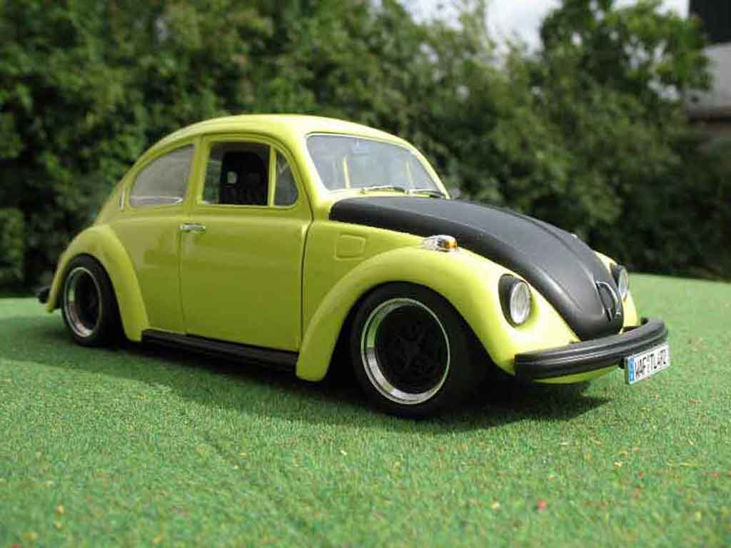 Volkswagen Kafer 1/18 Burago coxinelle racer miniatura