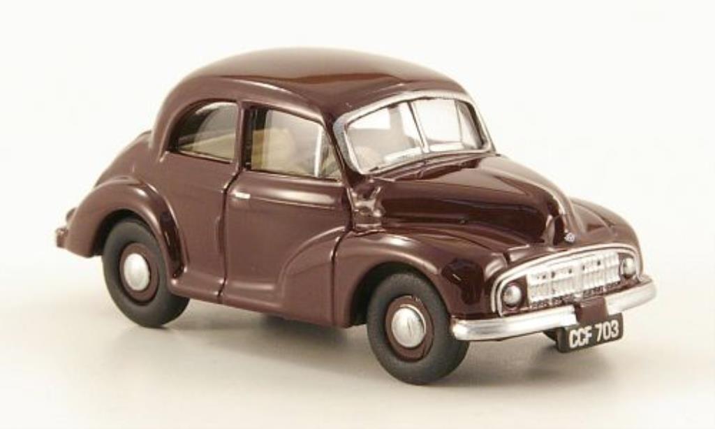Morris Minor 1/76 Oxford Saloon rouge miniature