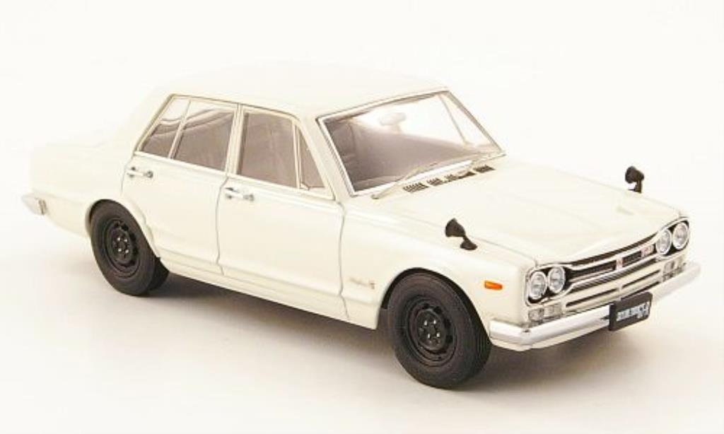 Nissan Skyline 1/43 Ebbro GT-R (C10) weiss 4-Turer Limousine 1970