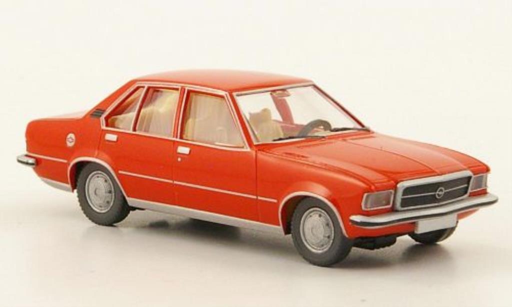Opel Rekord 1/87 Wiking D rouge