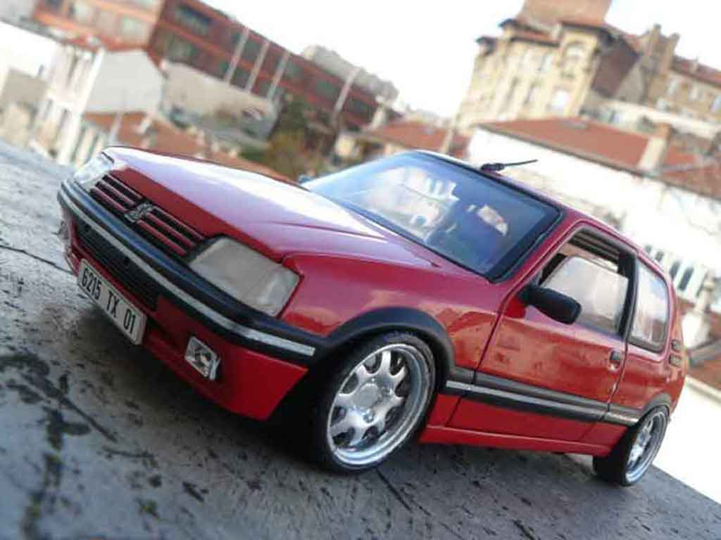 Peugeot 205 GTI 1/18 Solido 1.9 Rouge Vallelunga red vallelunga jantes pts diecast model cars