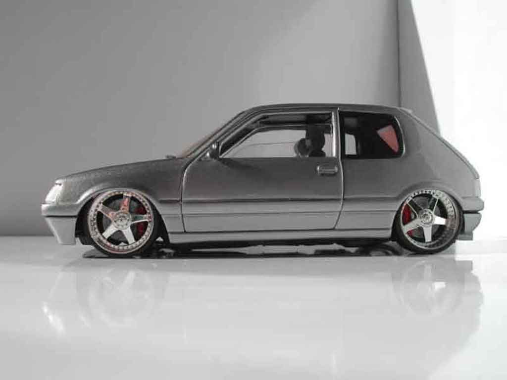 Peugeot 205 GTI 1/18 Solido gray metallisee jantes racing hart 17 pouces diecast