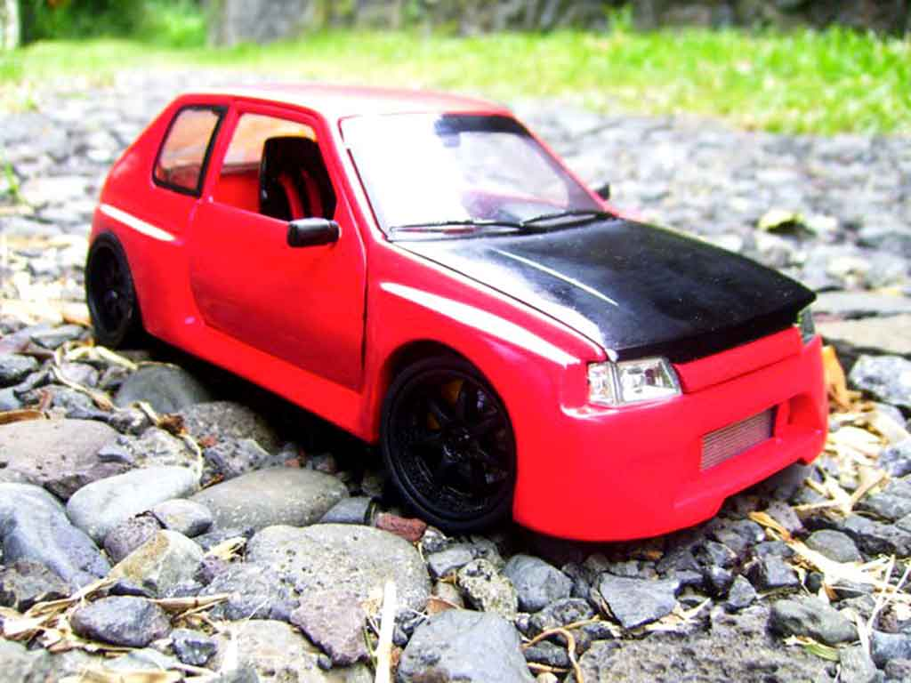 Peugeot 205 GTI 1/18 Solido 1.9 Rouge Vallelunga kit carrosserie gtr miniature