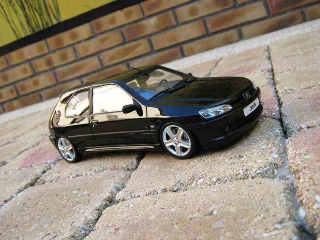 Peugeot 306 S16 1/18 Ottomobile noire jantes 206 rc miniature