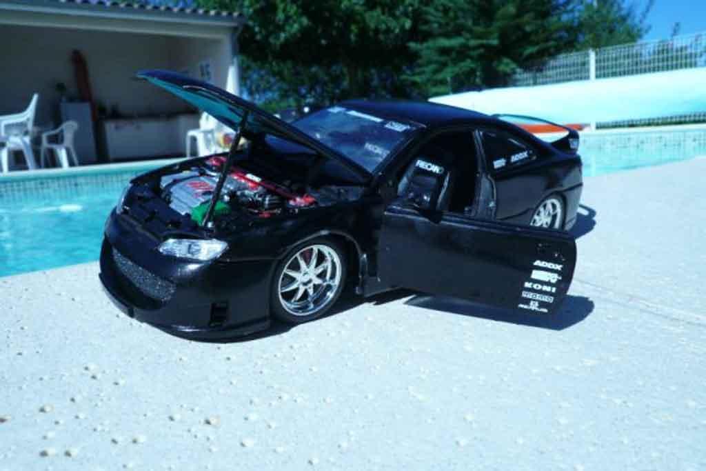 Peugeot 406 1/18 Gate noire jantes 17 pouces sono subwoofer miniature