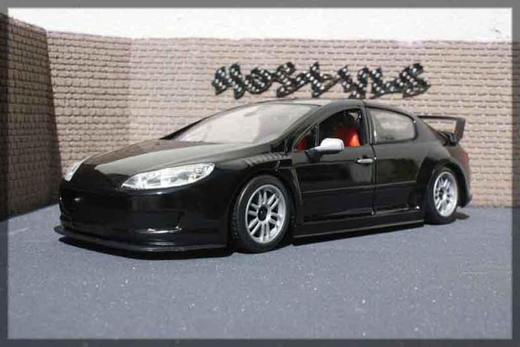 Peugeot 407 Silhouette 1/18 Motormax plain body noir miniature