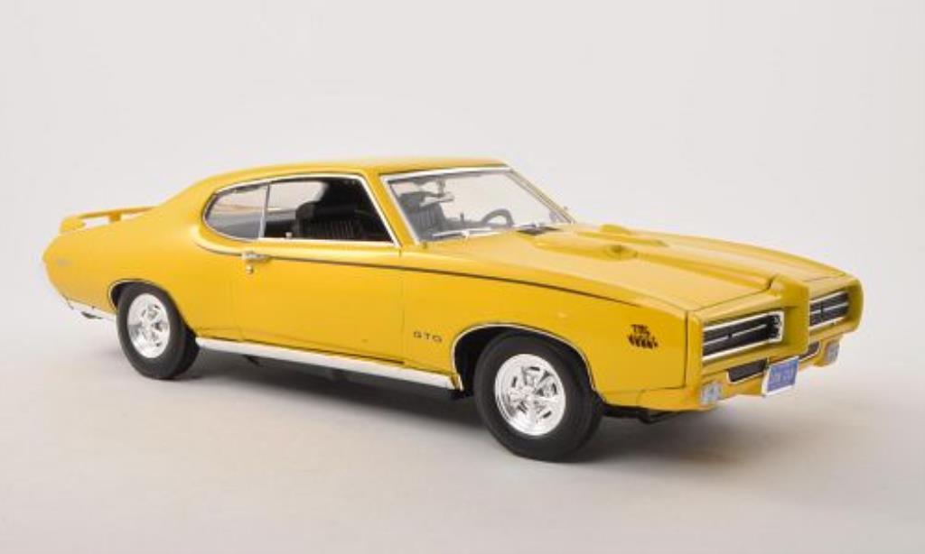 Pontiac GTO 1/18 Motormax Judge yellow 1969 diecast