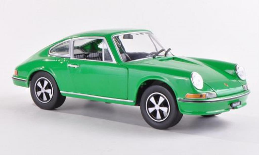 Porsche 911 S 1/24 WhiteBox 2.4 green 1972 diecast
