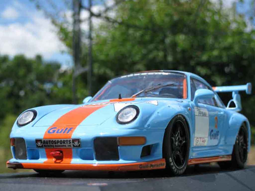 Porsche 993 GT2 1/18 Ut Models evolution gulf miniature