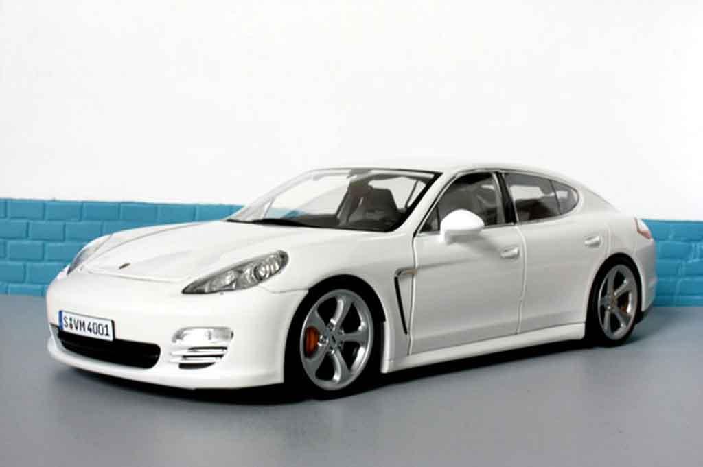 Porsche Panamera 1/18 Norev 4s blanco miniatura