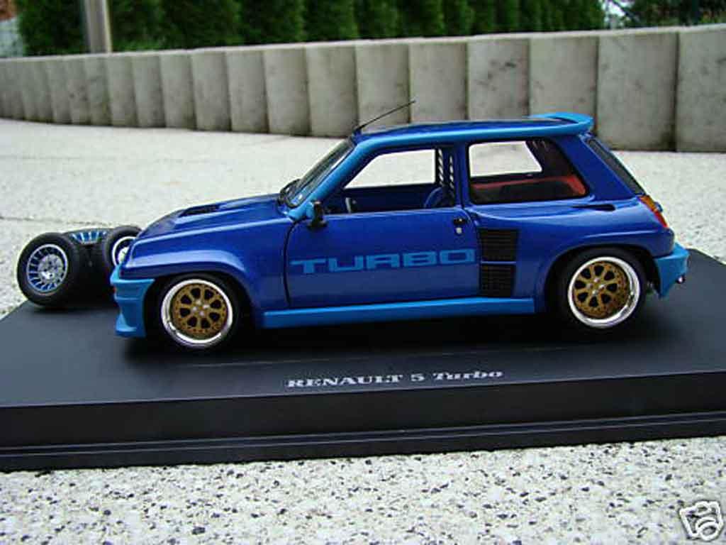 Renault 5 Turbo 1/18 Universal Hobbies 1 jantes alu 13 pouces miniature