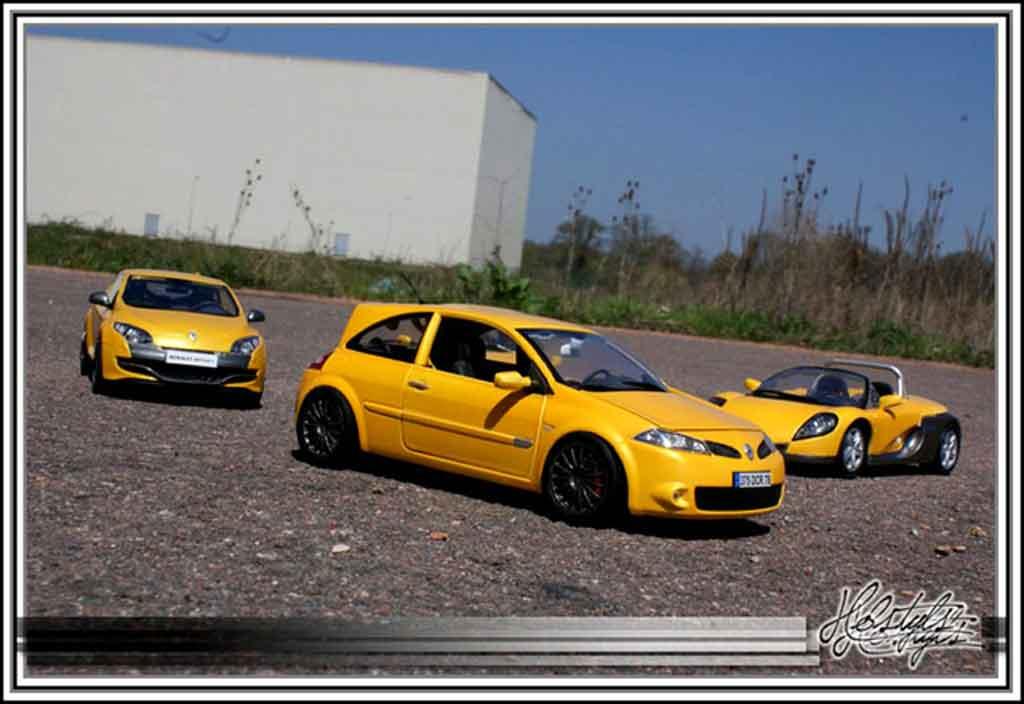 Renault Megane Sport 1/18 Burago rs jaune siryus miniature