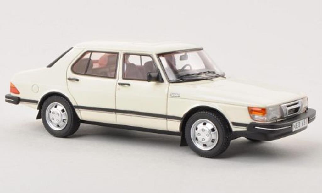 Saab 900 1/43 Neo GLi blanche 4-Turer 1981 miniature