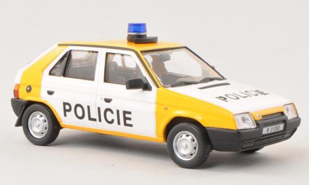 Skoda Favorit 1/43 Abrex Policie (Tschechische Polizei) 1987 miniature