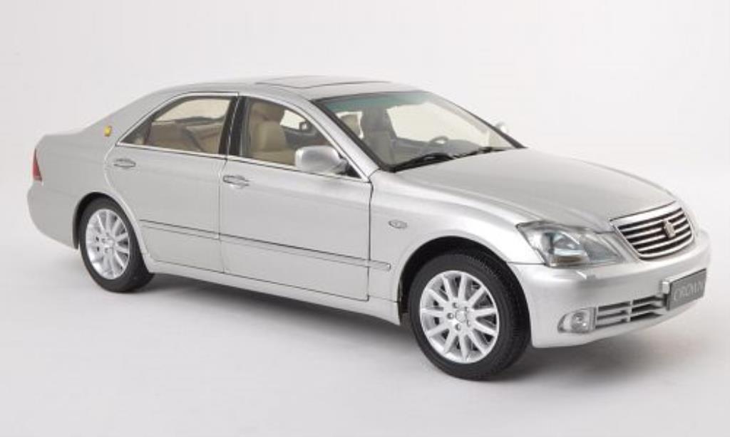 Toyota Crown 1/18 Paudi grise 2005 miniature