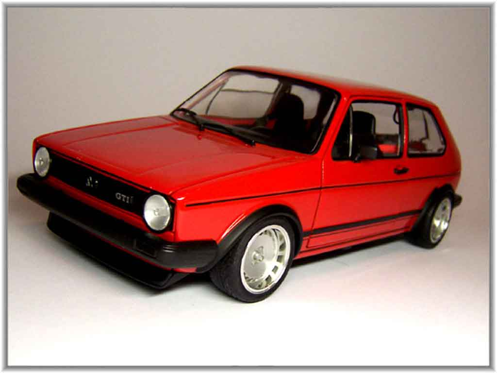 Volkswagen Golf 1 GTI 1/18 Solido red jantes 15 pouces ronal turbo diecast model cars