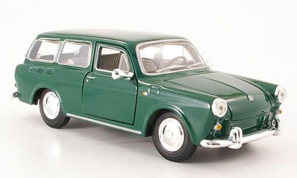 Volkswagen 1600 1/24 Maisto Variant grun 1967 miniature