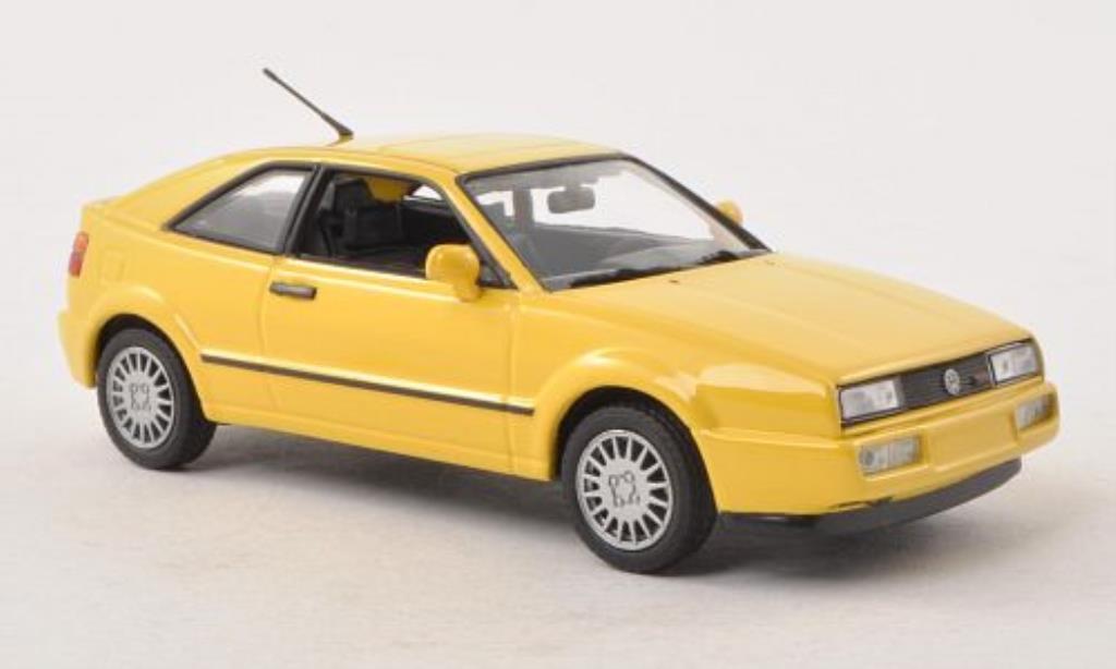 Volkswagen Corrado G60 1/43 Minichamps jaune 1990 miniature