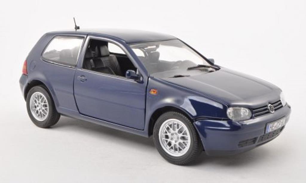 Volkswagen Golf IV 1/18 Revell GTI bleu 3-Turer 1997 diecast