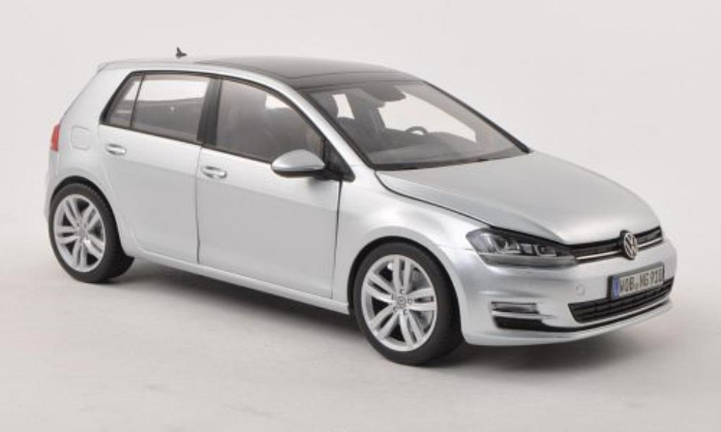 Volkswagen Golf VII 1/18 Norev grey 5-Turer diecast model cars