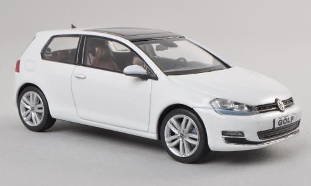 Volkswagen Golf VII 1/43 Herpa weiss 3-Turer modellautos