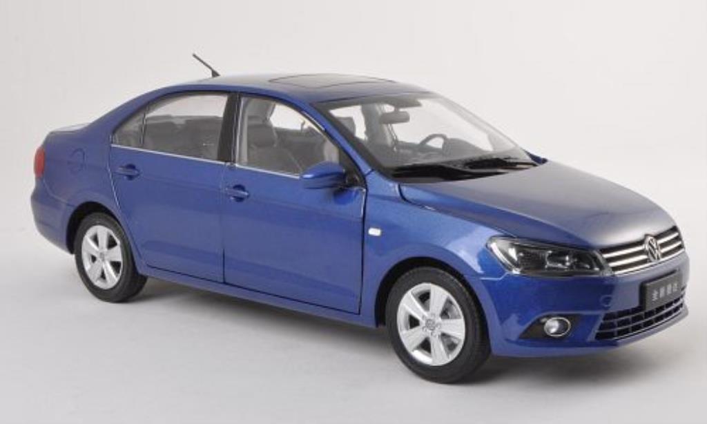Volkswagen Jetta 1/18 Paudi bleu 2012 diecast model cars