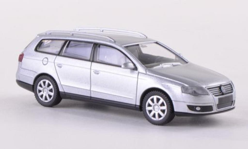 Volkswagen Passat 1/87 Wiking Variant (B6) gray 2005 diecast