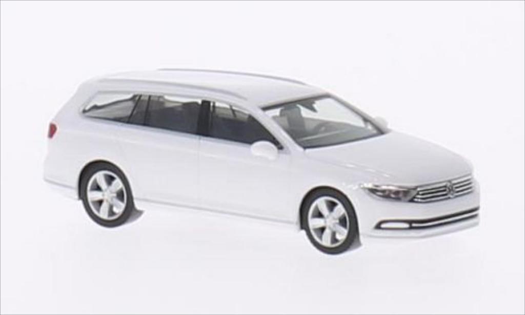 Volkswagen Passat 1/87 Herpa Variant white 2014 diecast model cars