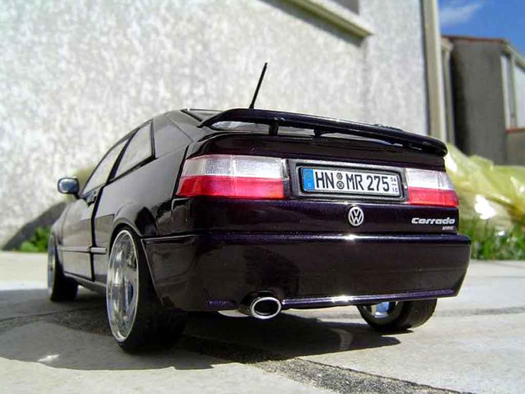 Volkswagen Corrado VR6 1/18 Revell vw speed motors miniature