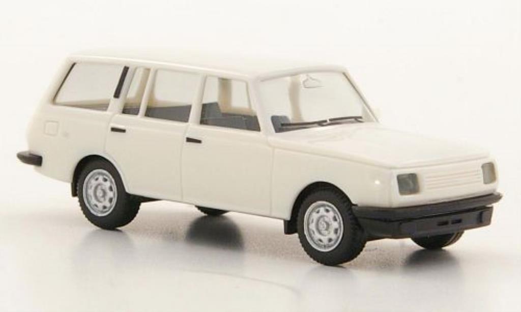Wartburg 353 1/87 Herpa Tourist blanche 1985 miniature